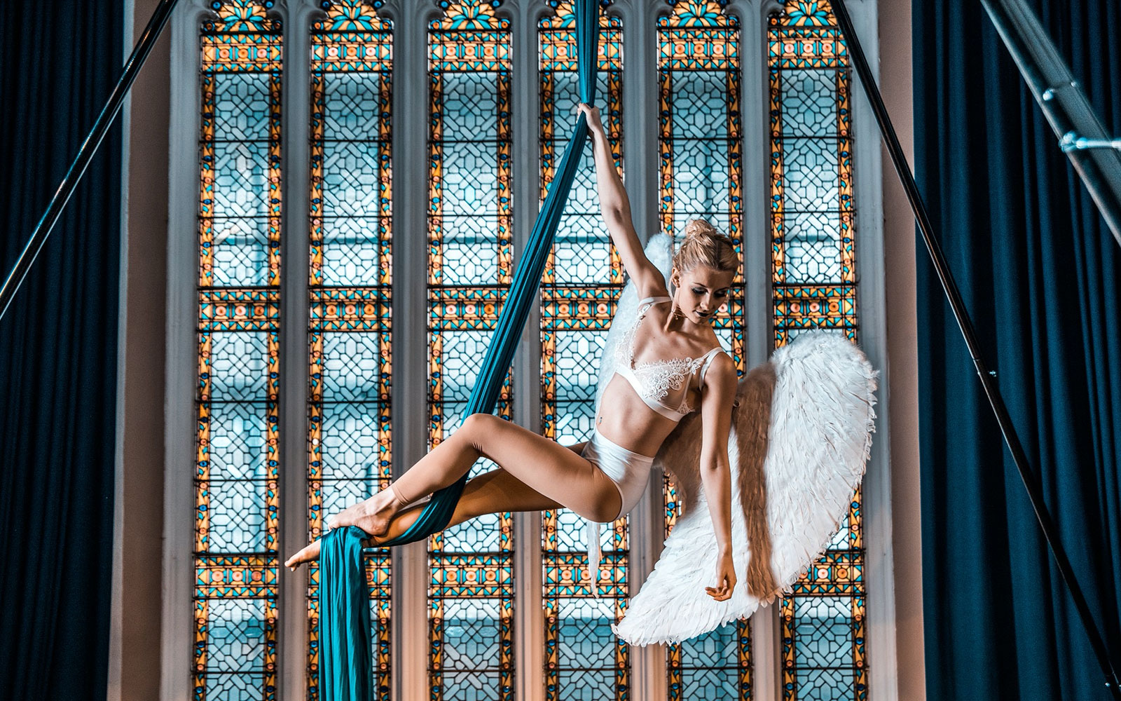 acts aerialists